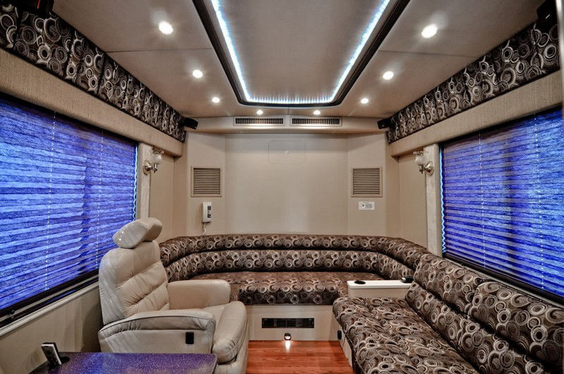bus interrior luxury design